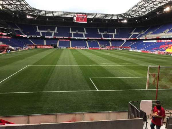 Red Bull Arena (New Jersey), section: 102, rangée: 7, siège: 7