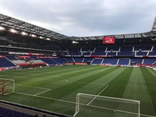 Red Bull Arena (New Jersey), section: 132, rangée: 13, siège: 16