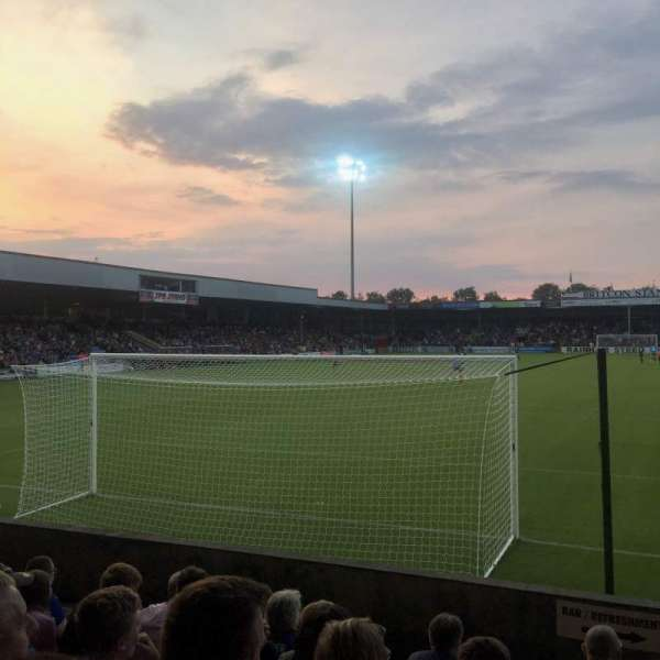 Glanford Park, section: AMS Stand, rangée: G, siège: 57
