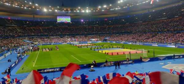 Stade de France, section: Y10, rangée: 25, siège: 32