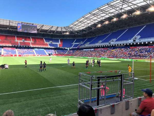 Red Bull Arena (New Jersey), section: 102, rangée: 4, siège: 20