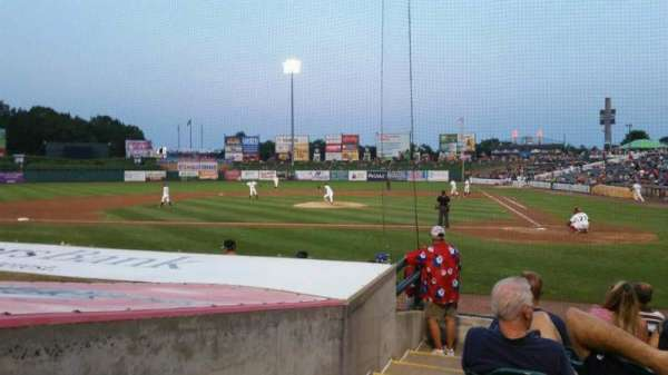 FirstEnergy Park, section: 110, rangée: 10, siège: 19