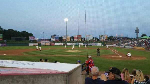 FirstEnergy Park, section: 110, rangée: 10, siège: 18