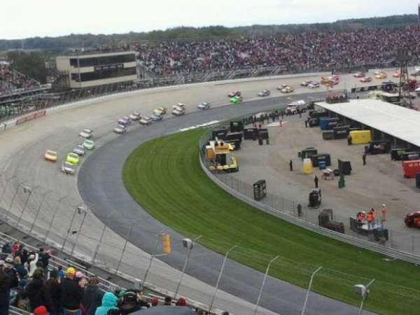 Dover International Speedway, section: 207, rangée: 24, siège: 17