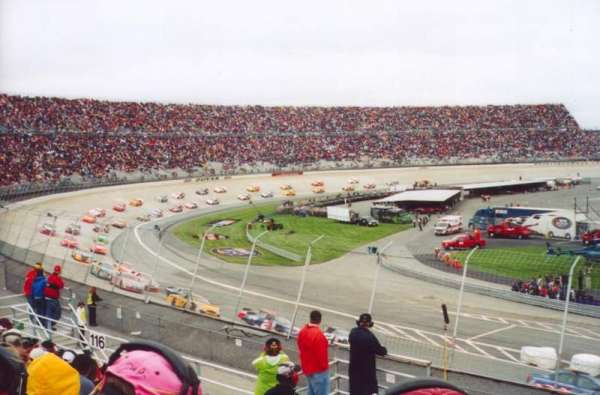 Dover International Speedway, section: 115, rangée: 12, siège: 7