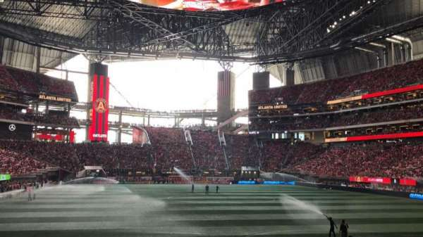 Mercedes-Benz Stadium, section: 120, rangée: 11, siège: 16