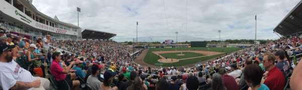 Hammond Stadium at CenturyLink Sports Complex, section: 207, rangée: 7, siège: 7