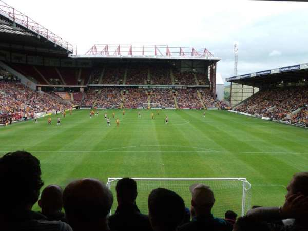 Valley Parade, section: UH, rangée: T, siège: 47