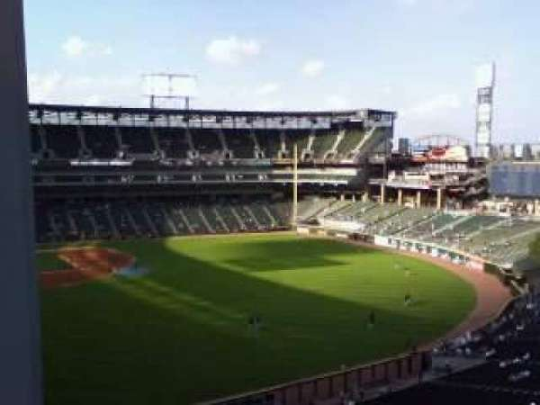 Guaranteed Rate Field, section: 518