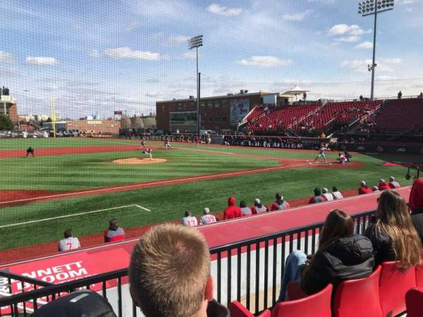 Jim Patterson Stadium, section: 212, rangée: C, siège: 115