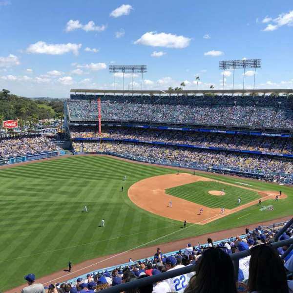 Dodger Stadium, section: 41RS, rangée: CC, siège: 8