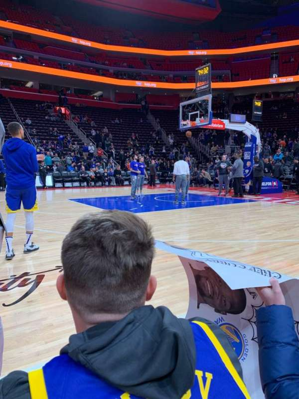 Little Caesars Arena, section: Courtside, rangée: 1, siège: Unknown