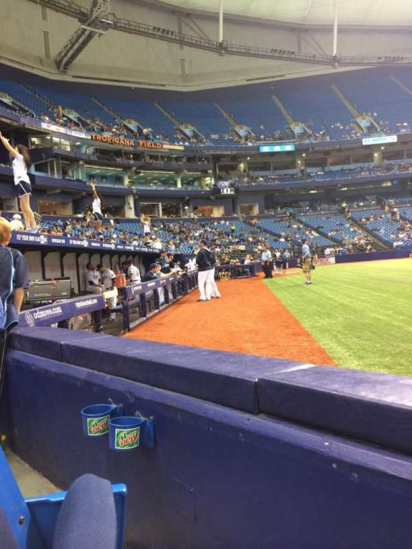 Tropicana Field, section: 120, rangée: D, siège: 5