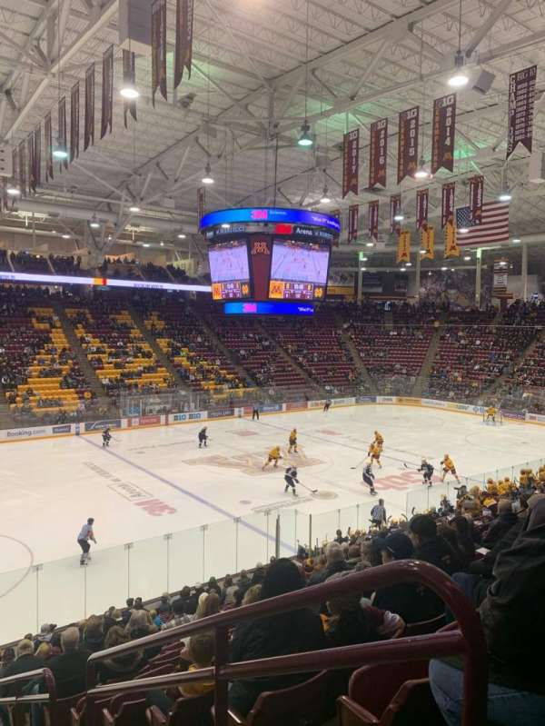 3M Arena at Mariucci, section: 10, rangée: 18, siège: 1