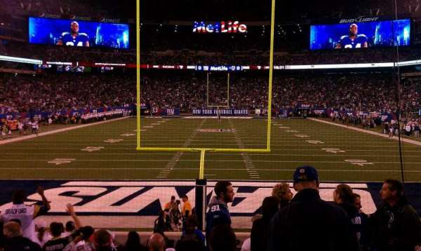 MetLife Stadium, section: 126, rangée: 13, siège: 10