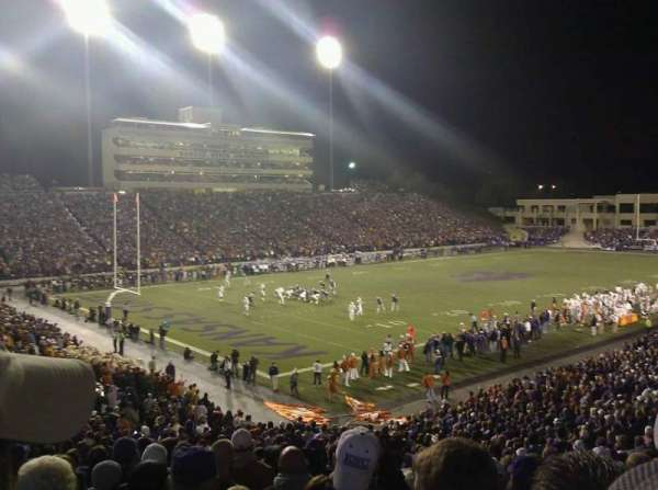 Bill Snyder Family Stadium, section: 19, rangée: 35, siège: 23