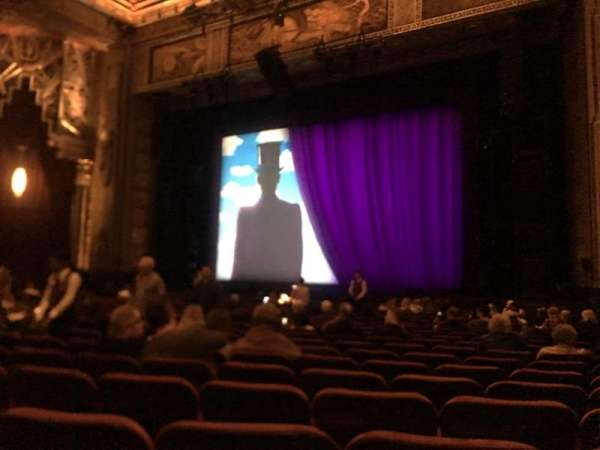 Hollywood Pantages Theatre, section: Orchestra RC, rangée: T, siège: 211