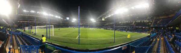 Stamford Bridge, section: Shed End Lower 3, rangée: 4