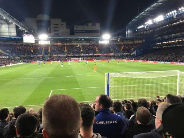 Stamford Bridge, section: MATTHEW HARDING LOWER, rangée: P, siège: 97