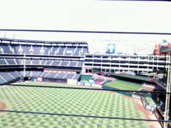 Globe Life Park in Arlington, section: 339, rangée: 2, siège: 14