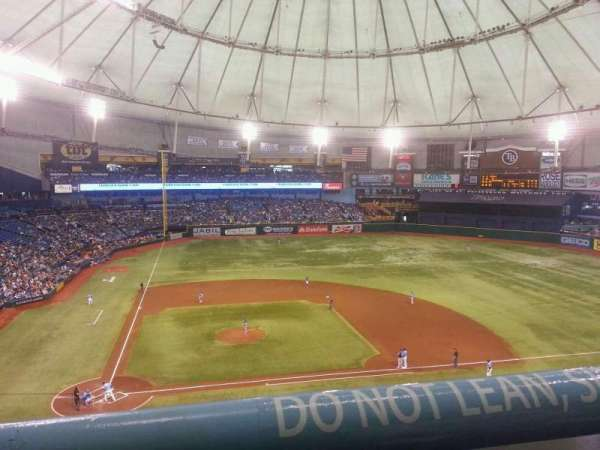 Tropicana Field, section: 310, rangée: A, siège: 1