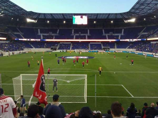Red Bull Arena (New Jersey), section: 101, rangée: 11, siège: 8