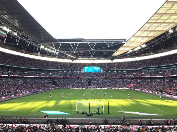 Wembley Stadium, section: 111, rangée: 31, siège: 269