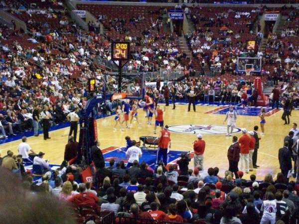Wells Fargo Center, section: 120, rangée: 12