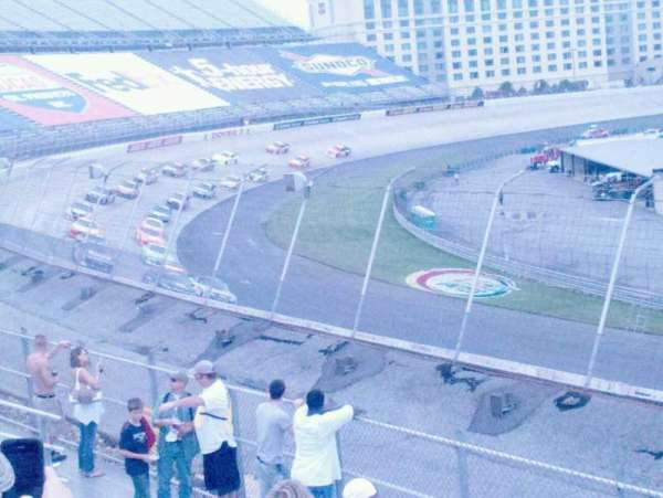 Dover International Speedway, section: 132, rangée: 8, siège: 7