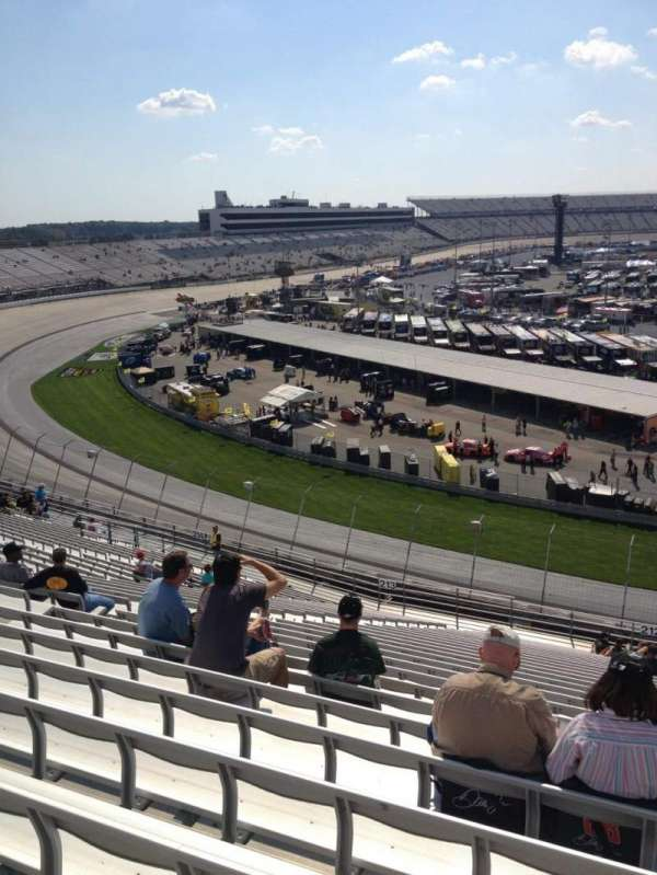 Dover International Speedway, section: 212, rangée: 28, siège: 9