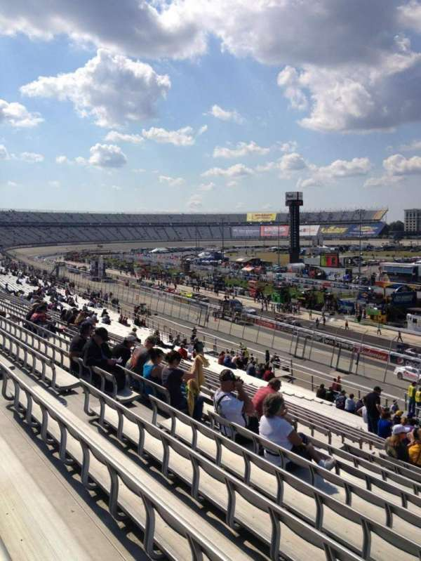 Dover International Speedway, section: 241, rangée: 39, siège: 10