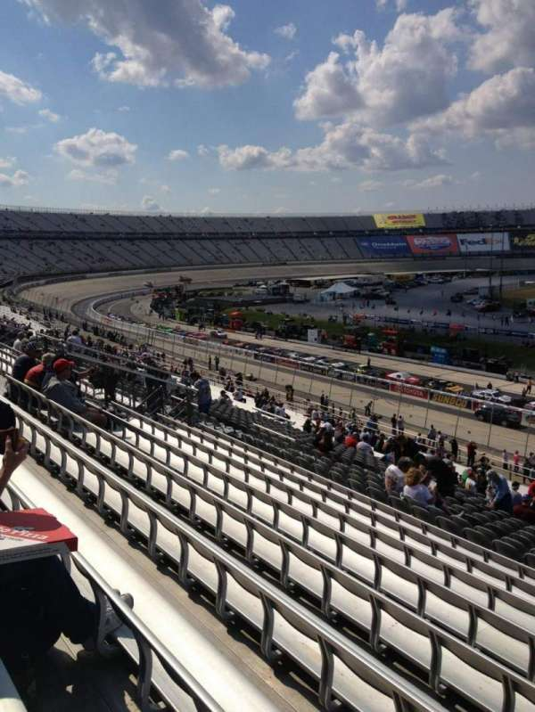 Dover International Speedway, section: 101, rangée: 45, siège: 11
