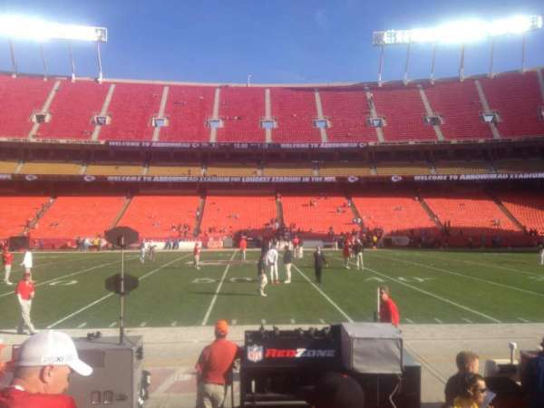 Arrowhead Stadium, section: 119, rangée: 2, siège: 5