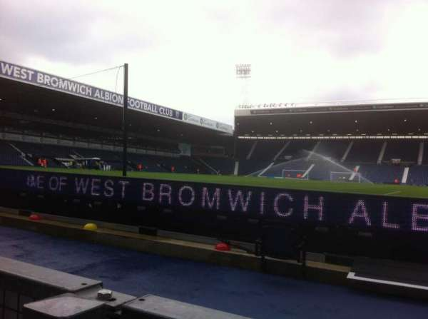The Hawthorns, section: Smethwick End, rangée: D, siège: 24