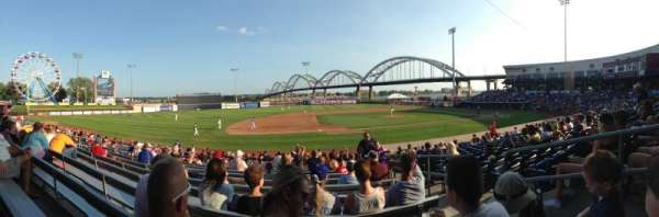Modern Woodmen Park, section: Bleachers, rangée: S, siège: 3