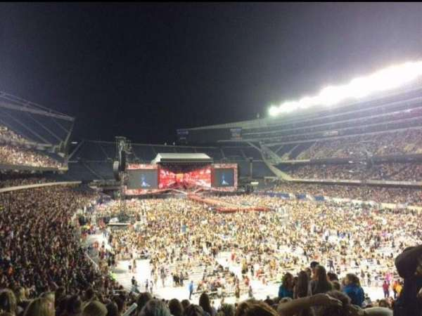 Soldier Field, section: 226, rangée: 10