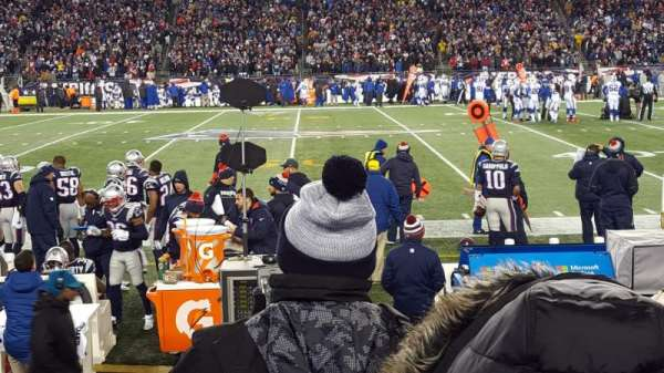 Gillette Stadium, section: 109, rangée: 4, siège: 20