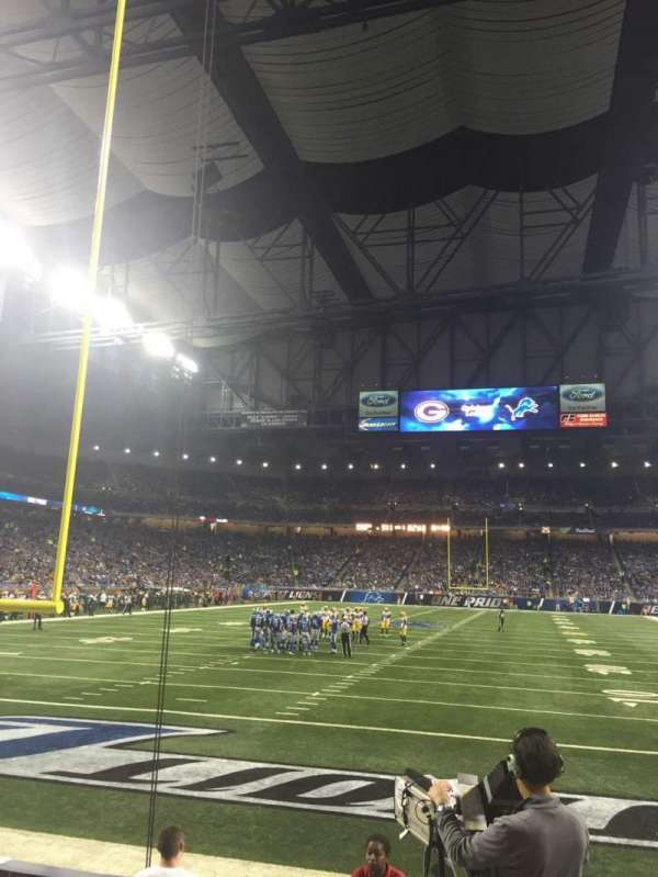 Ford Field, section: 138, rangée: 4, siège: 18