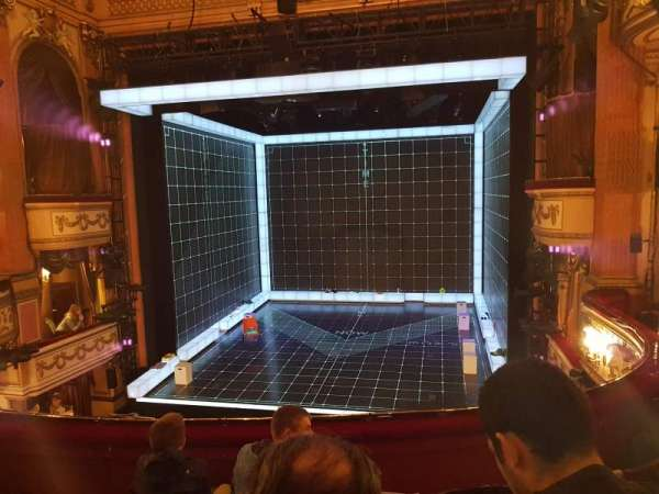 Gielgud Theatre, section: Dress Circle, rangée: D, siège: 11