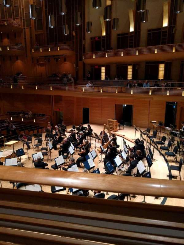 The Music Center at Strathmore, section: Promenade Front Right, rangée: A, siège: 4