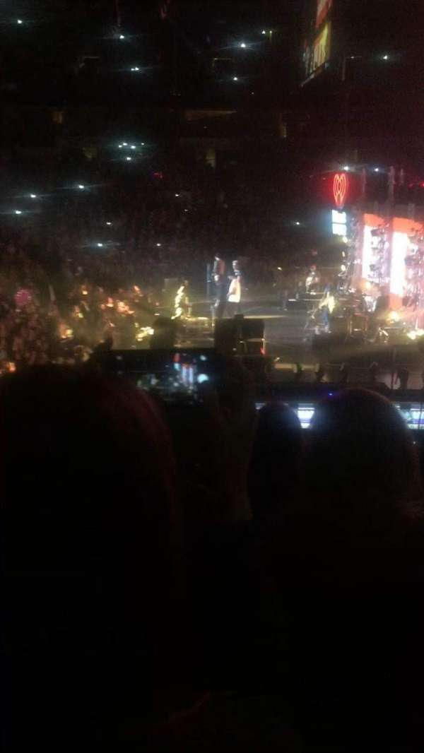 American Airlines Center, section: 104, rangée: O