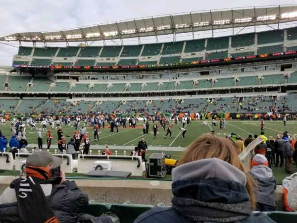Paul Brown Stadium, section: 109, rangée: 4, siège: 4