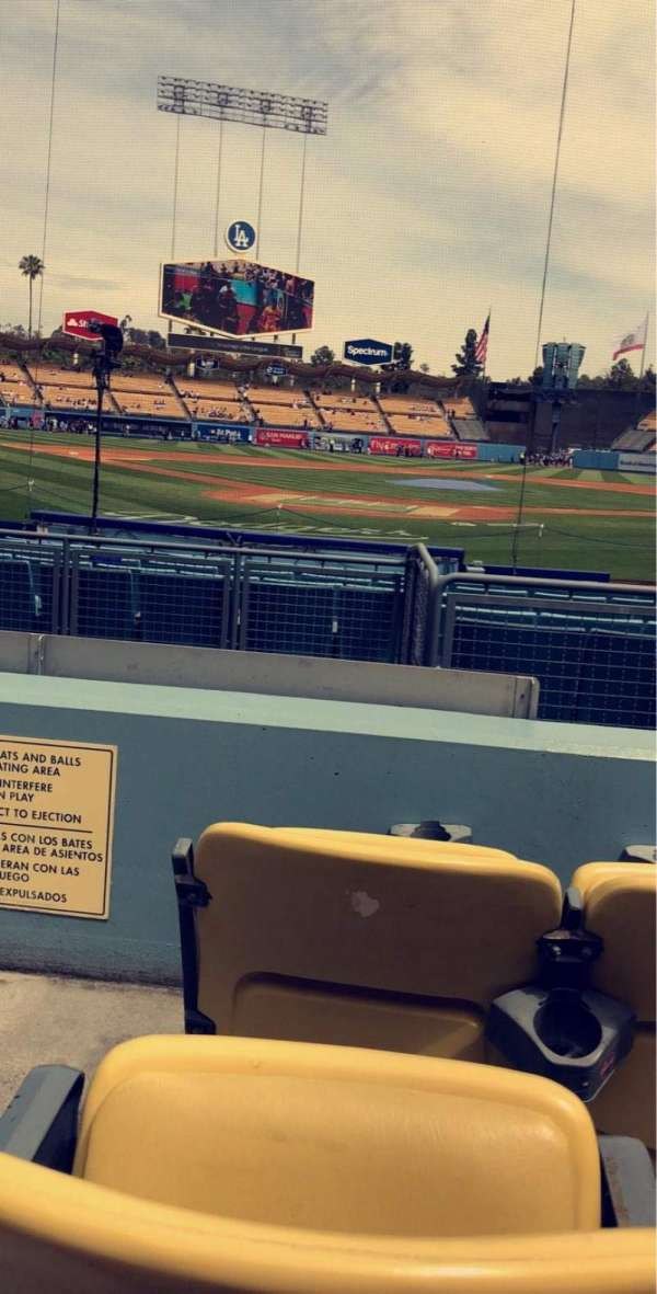Dodger Stadium, section: 4FD, rangée: C, siège: 1