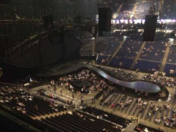 The O2 Arena, section: 404, rangée: A