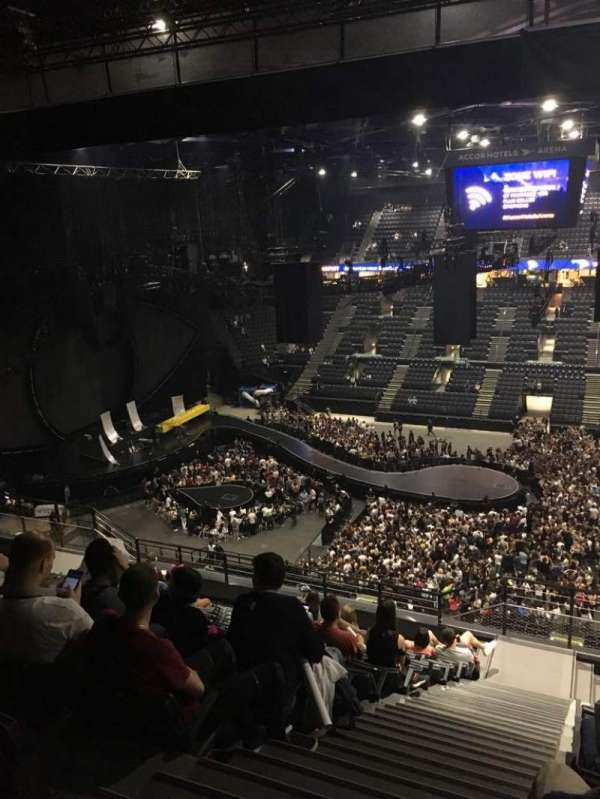 AccorHotels Arena, section: P, rangée: 93, siège: 10