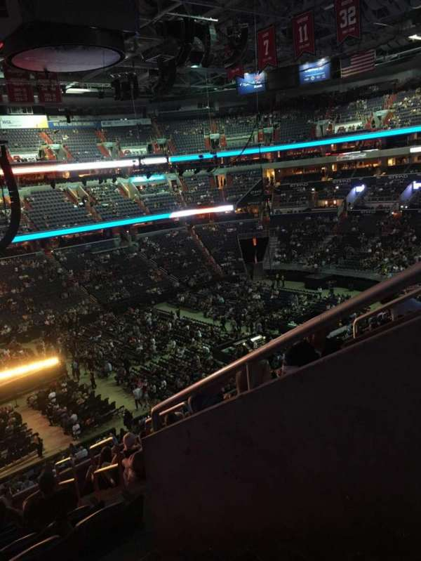 Capital One Arena, section: 228, rangée: K, siège: 12