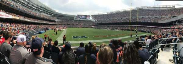 Soldier Field, section: 154, rangée: 5, siège: 7