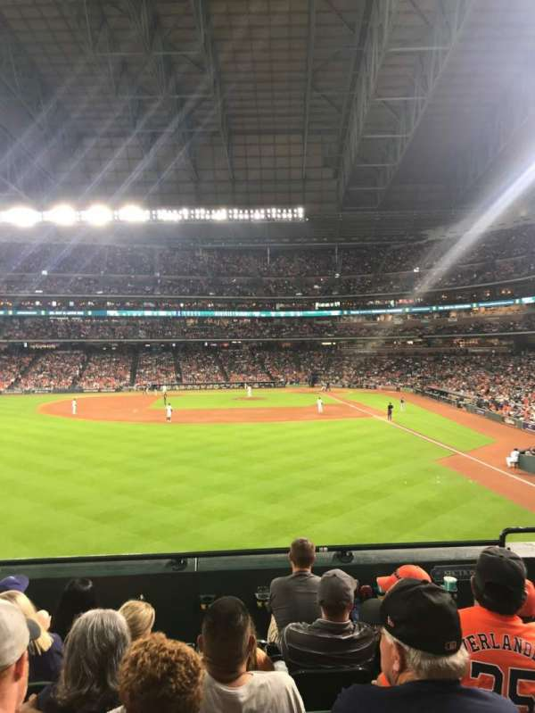 Minute Maid Park, section: 102, rangée: 6, siège: 17