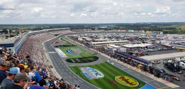 Charlotte Motor Speedway, section: Ford, rangée: 38