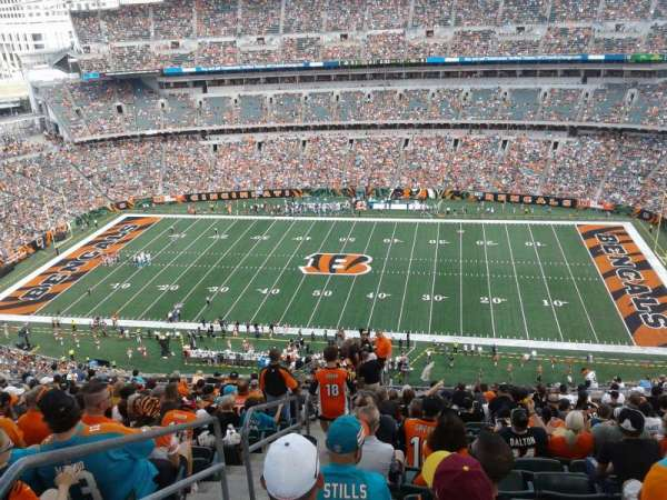 Paul Brown Stadium, section: 308, rangée: 26, siège: 24